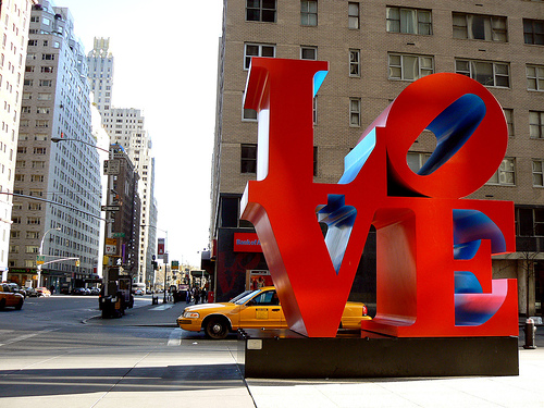 love-statue-nyc