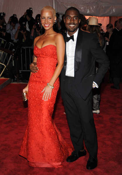 amber rose kanye. Amber Rose in Carolina Herrera