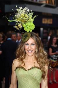 sarah jessica parker SATC philip treacy hat