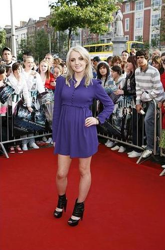 Evanna Lynch HP6 Premiere Photo by Tony Kinlan