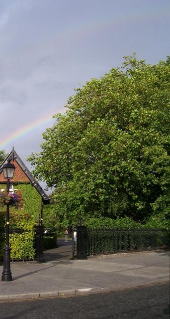 Rainbow St Stephens Green lo res