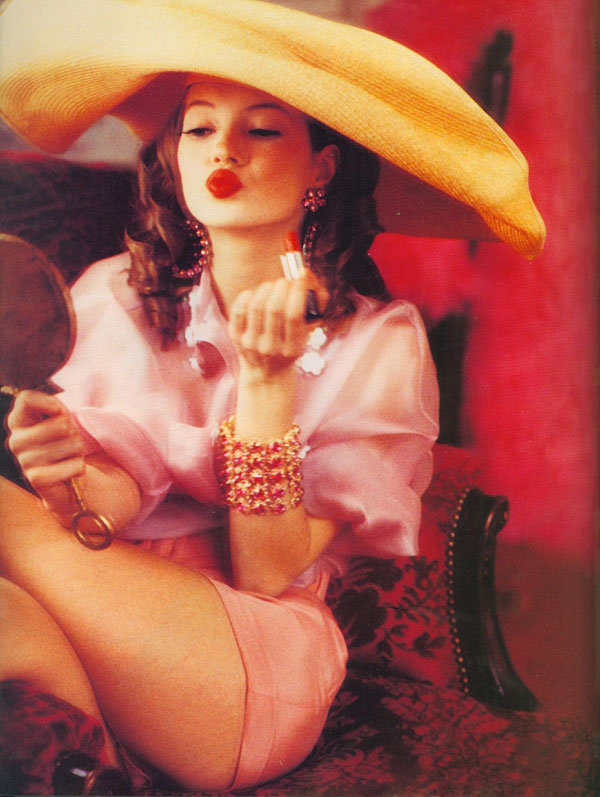 Kate Moss by Ellen von Unwerth 1992 Vogue Italia Charming Lolita 3