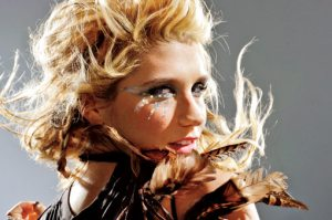 kesha eye makeup