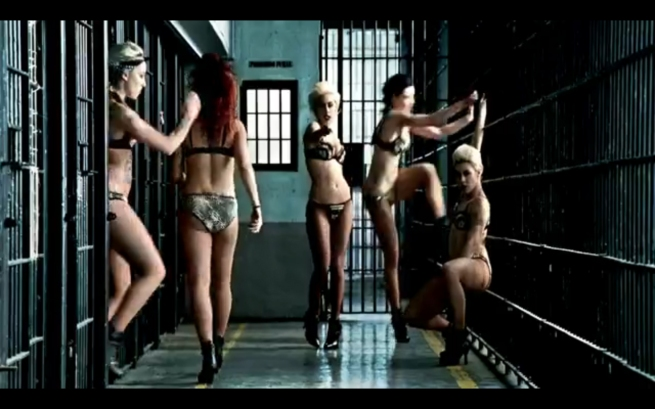 Gaga Beyonce telephone video still prison 3