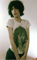 patti smith wearing keith richards tshirt
