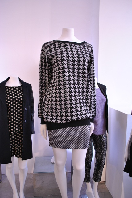 Warehouse AW'12 houndstooth print jumper Whisty